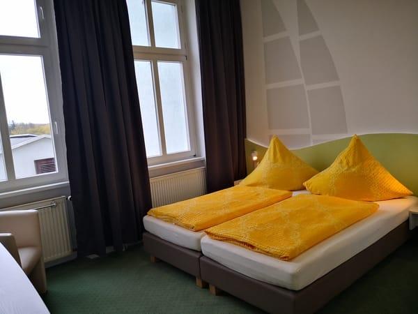 Zimmer 16 Kat. 1
