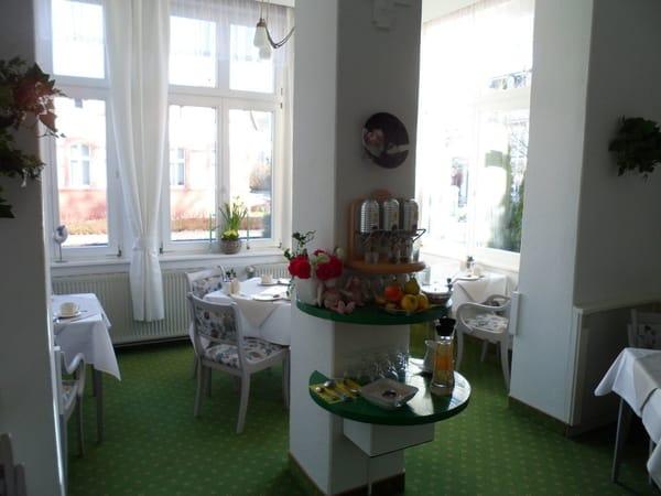 unser freundlicher Frühstücksraum