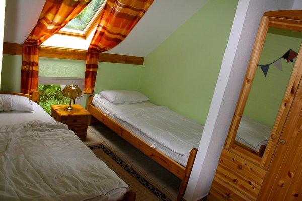 Schlafzimmer II mit zwei Betten (je 2,00 m x 0,90 m)