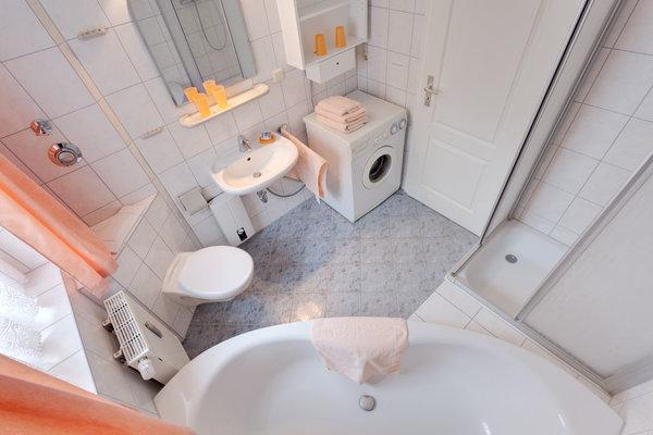 Freundlich und hell: Das Badezimmer