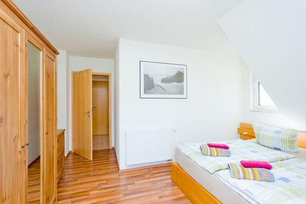 2. Schlafzimmer mit Doppelbett +Ausgang zum Balkon