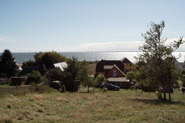Blick aufs Ferienhaus vom Berg