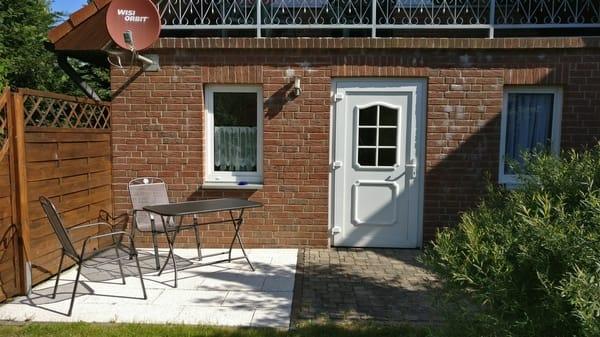 Ansicht der Wohnung vom Garten aus,(demnächst ohne Balkon)