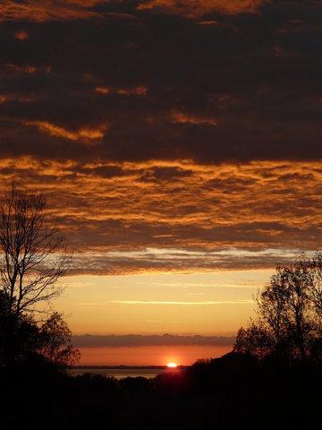 Jeden Abend anders - die berühmten Sonnenuntergänge in Lohme
