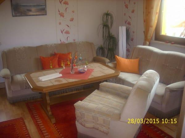 Wohnbereich mit Doppelbettcouch