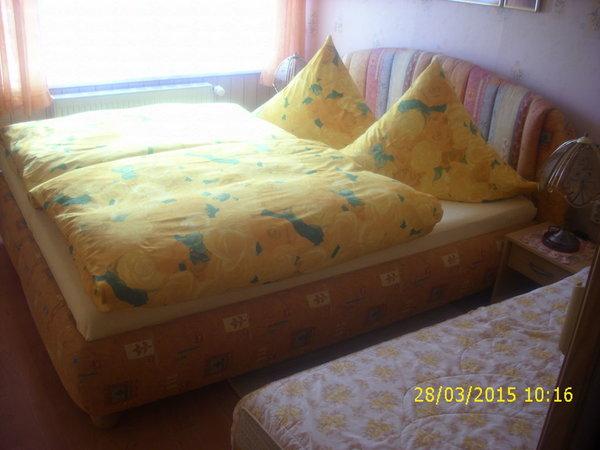 Schlafzimmer,1 Aufbettung