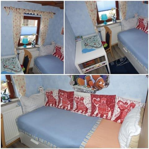 Kleines Zimmer  (Bett kann bis 160cm breitem Bett ausgezogen werden )