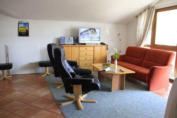 Wohnbereich mit FlachbildTV