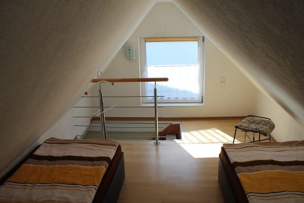 oberer Schlafbereich, die Betten können auch zusammen gestellt werden.