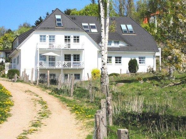"""die malerisch gelegene Villa """"Ferienhaus Südstrand"""""""