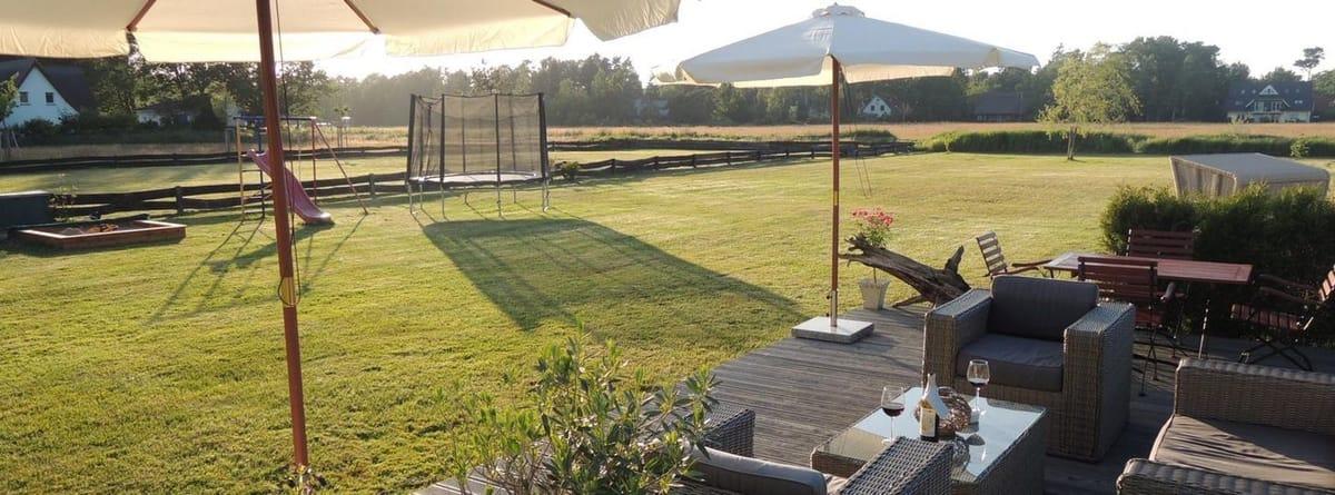 Terrasse im großen Garten