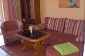 Wohnzimmer  unserer Ferienwohnung in Pantow auf Rügen zwischen Zirkow und Binz