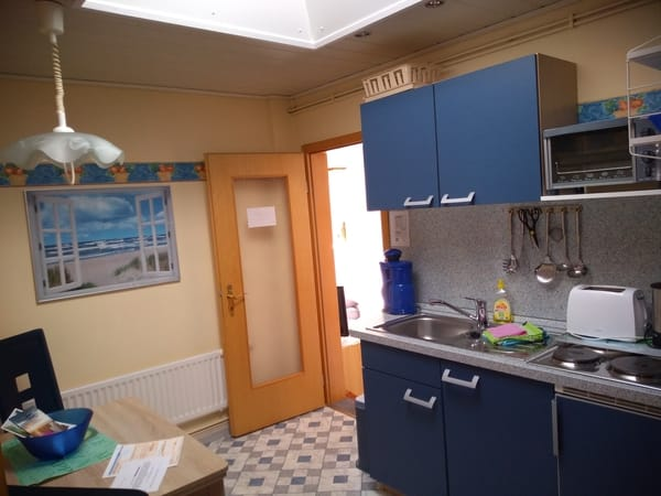 Küche, 4 Plattenherd