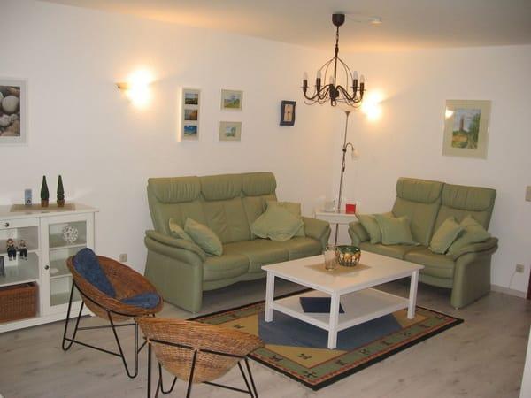 Ferienwohnung mittmann 2 zimmer ferienwohnung fewo - Eingerichtete wohnzimmer ...