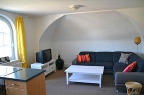Wohnzimmer mit Aufbettungsmöglichkeit