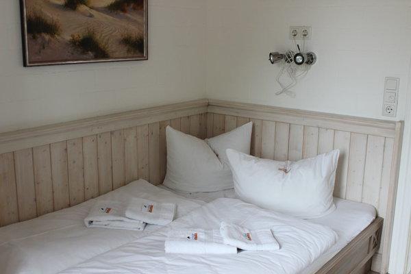Schlafzimmer Nr. 2 mit 1,40m Bett