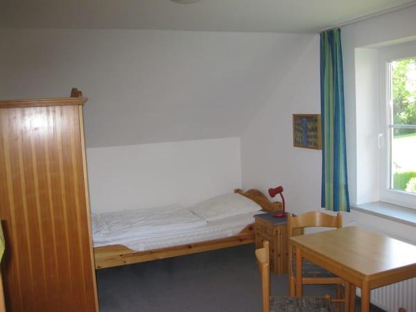 Kinderschlafzimmer Oben, mit 2 Betten