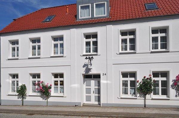 Haus Louise - August-Bebel-Straße 24