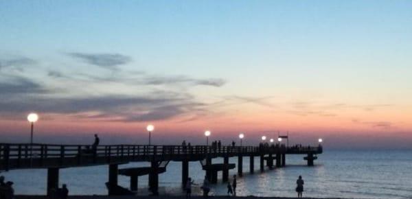Seebrücke Heiligendamm am Abend