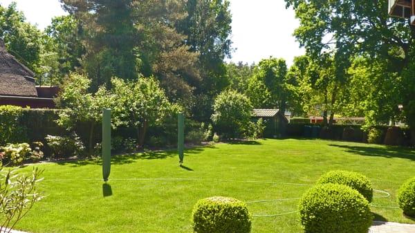 Haus am Wald - Blick in den weitläufigen Garten