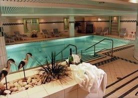 Der herrliche Pool im benachbarten Hotel (optional)