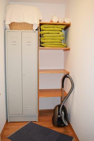 Abstellraum und Garderobe