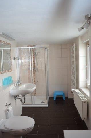 Das neu gestaltete Bad der Wohnung 2