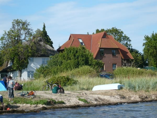 Ansicht des Hauses vom Wasser