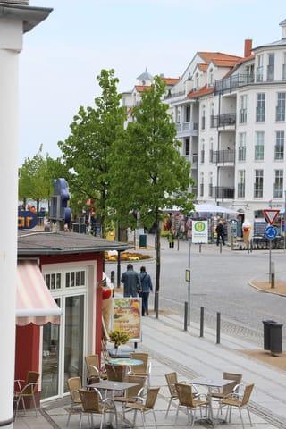 Blick vom Balkon Richtung Seebrücke und Strand