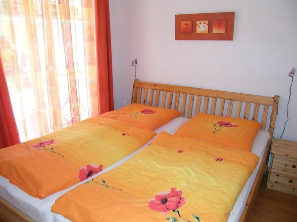 Doppelbett 1,80 x 2,00 mit hochwertigen Matratzen