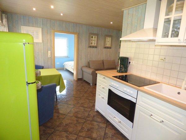 Wohnung 1 Küche mit Herd + Geschirrspüler