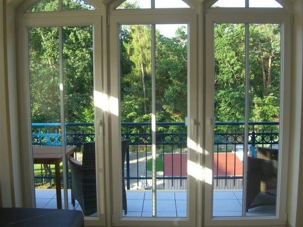 Blick Richtung Balkon; Aussicht