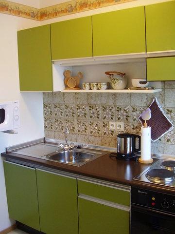 Küche,doppeltes Geschirr,Geschirrspüler,Hochkühlschrank, Backofen