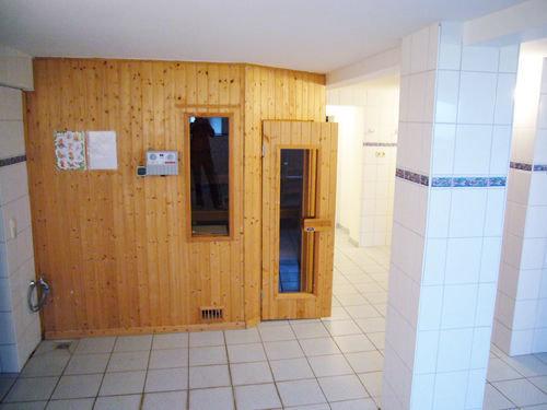 Im Souterrain steht den Gästen der Villa eine Münzsauna zur Verfügung.