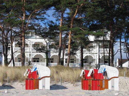 Die Villa Seeadler vom Strand aus fotografiert.