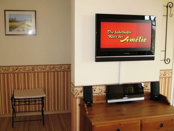 42 Zoll Flat TV mit DVD - Villa Amelie - Binz auf Rügen