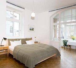 Das 1 Zi.-Appartement D102 Typ D302 hat einen abgetrennten Wintergarten (wie halbes Zimmer).
