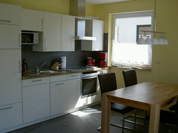 Küchen- Essbereich