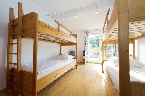 Zweites Schlafzimmer mit Etagenbetten