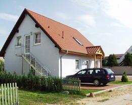 Außenansicht Haus links