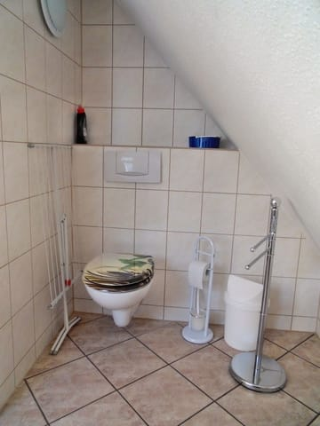 OG - Dusche / Waschen / WC