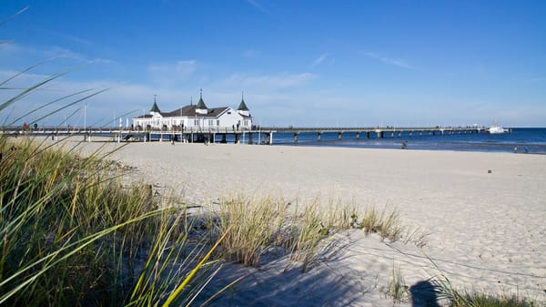 herrlicher weißer Sandstrand Seebad Ahlbeck 3 km