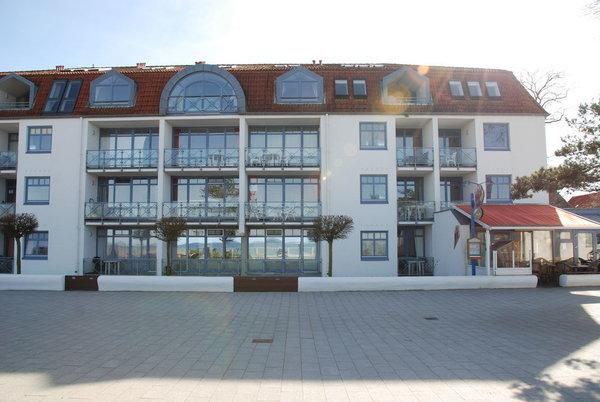 Blick von der Promenade aufs Strandhotel