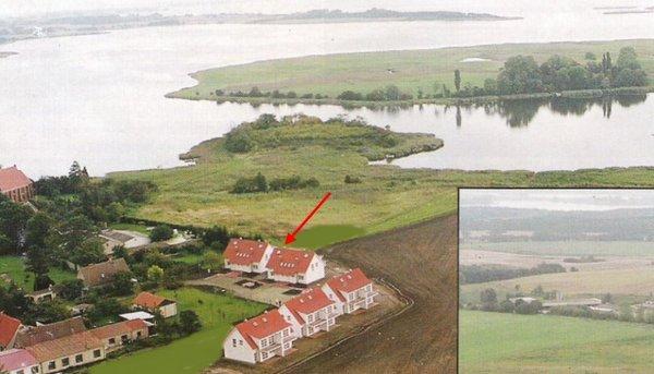 Luftbild mit Bodden und Salzwiesen