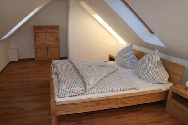 Schlafzimmer 2 im Dachgeschoss