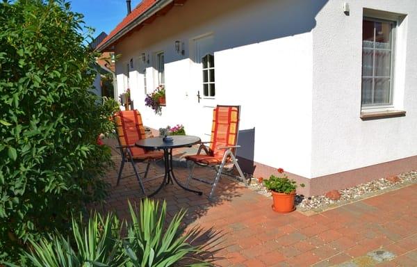 Sitzecke 1 (Sonne am Morgen & Vormittag)
