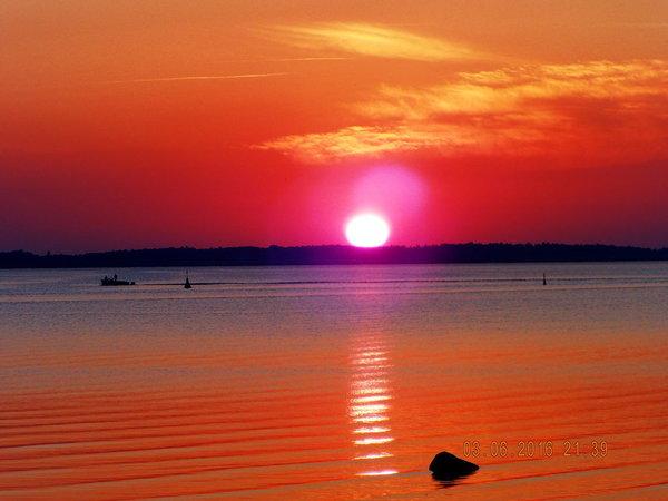 Sonnenuntergang Strand Schaprode mit Sicht auf Hiddensee