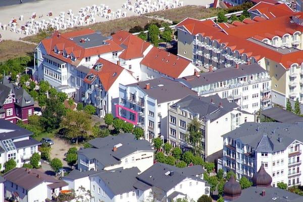 Hier sehen Sie die sehr gute Lage der Wohnung. Die Fewo ist farbig markiert. Es ist übrigens das Appartement 31 im Appartementhaus Jahreszeiten.