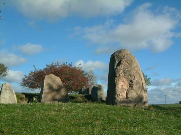 Das Riesengrab in Bobbin am Weg zum Kap
