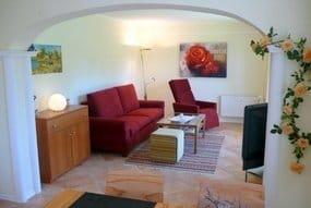 Wohnzimmer, LCD TV groß ,Radio,Komfortsessel